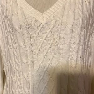 Karen Scott Sweaters - White cable-knit sweater
